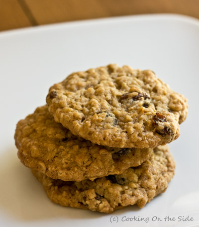 oatmeal raisin cookies. They're kind of the Jan Brady of the cookie ...