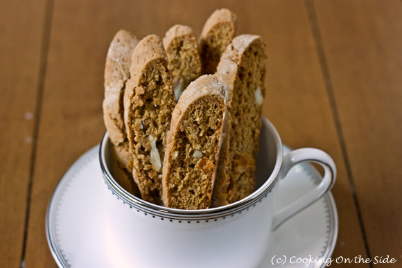 Post image for Gingerbread Biscotti with Apricots