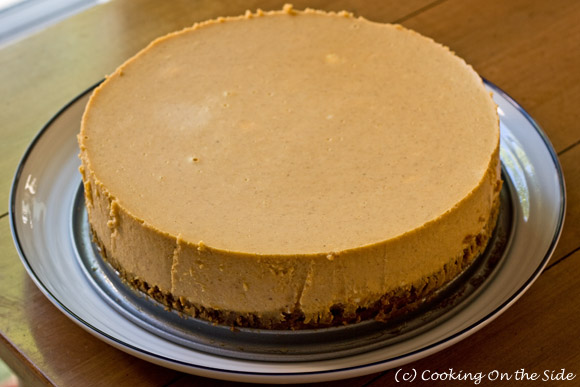 Behold the pristine, non-cracked cheesecake surface!