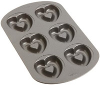 See the Wilton Heart Doughnut Pan on Amazon