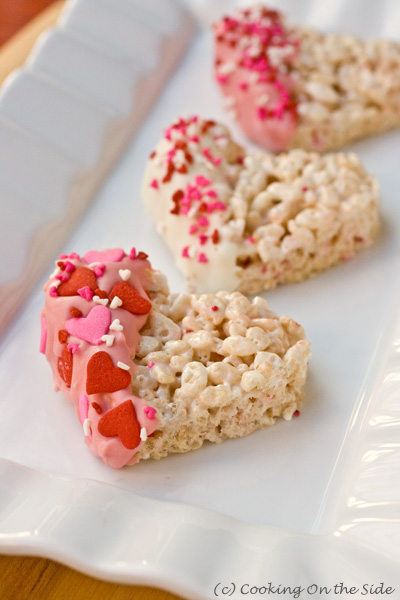 Post image for Valentine's Dipped Rice Krispies Treats