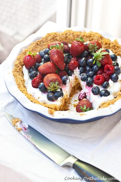 Yogurt Mixed Berry Pie