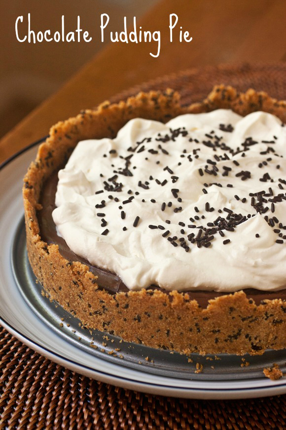 Old Fashioned Chocolate Pudding Pie